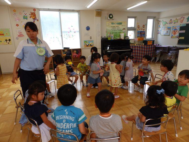 ホームクラスの様子 ⑬ (年中・年少組)