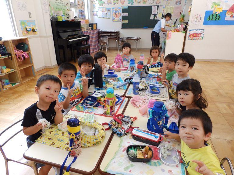 ホームクラスの様子 ⑲ (年中・年少組)