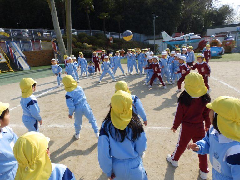ドッジボール大会 ⑰ すみれ・ひまわり組